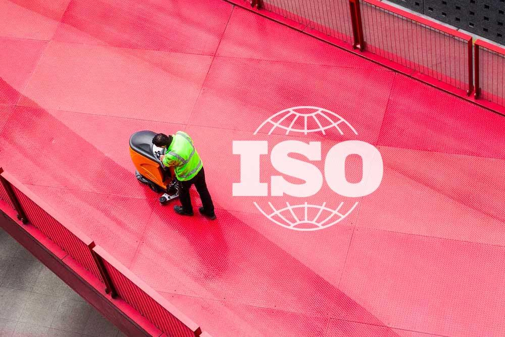 logotipo pintado en el suelo de ISO 26000 - Apambu